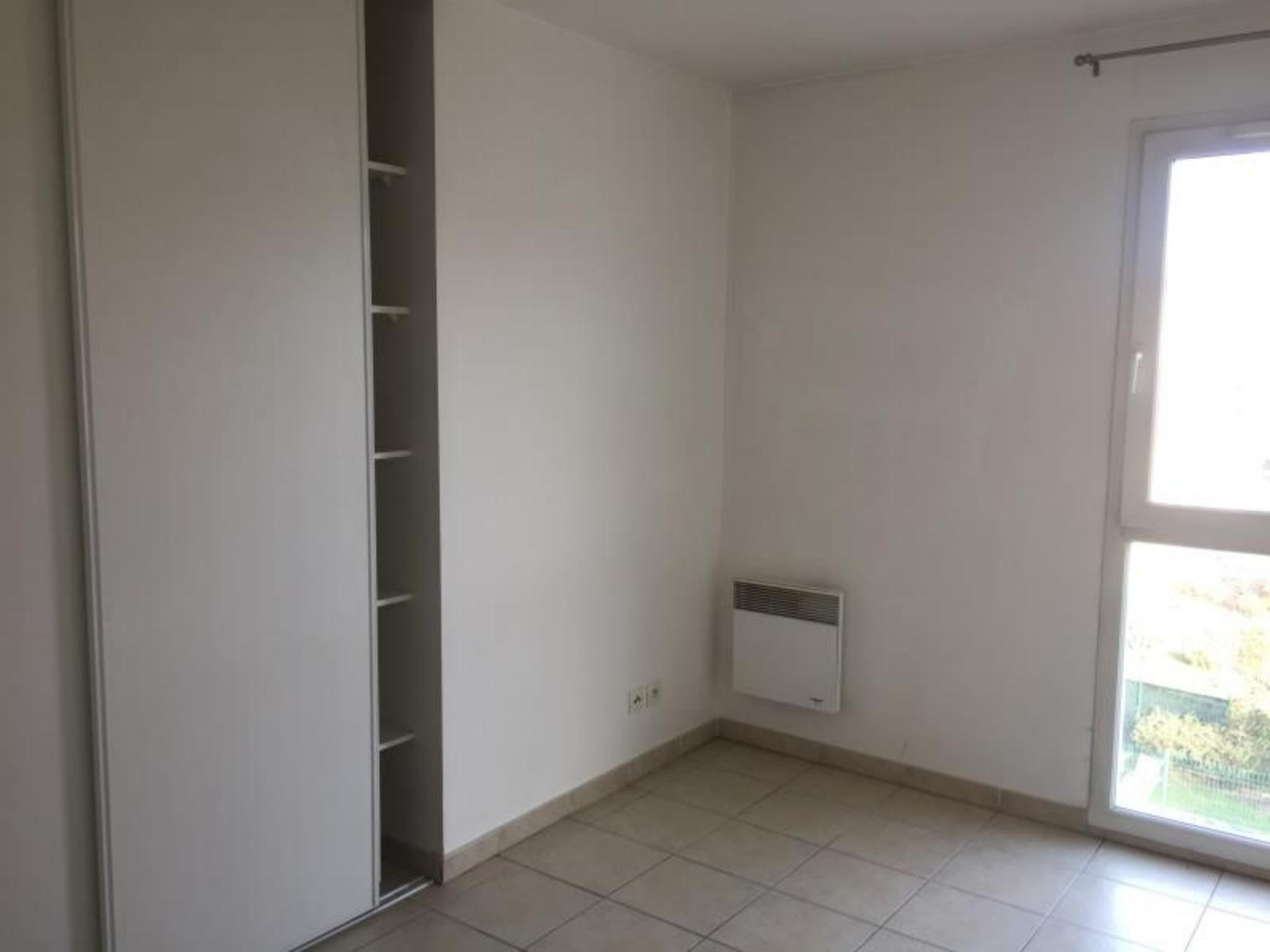 Appartement - LE BEAUSSET 83330