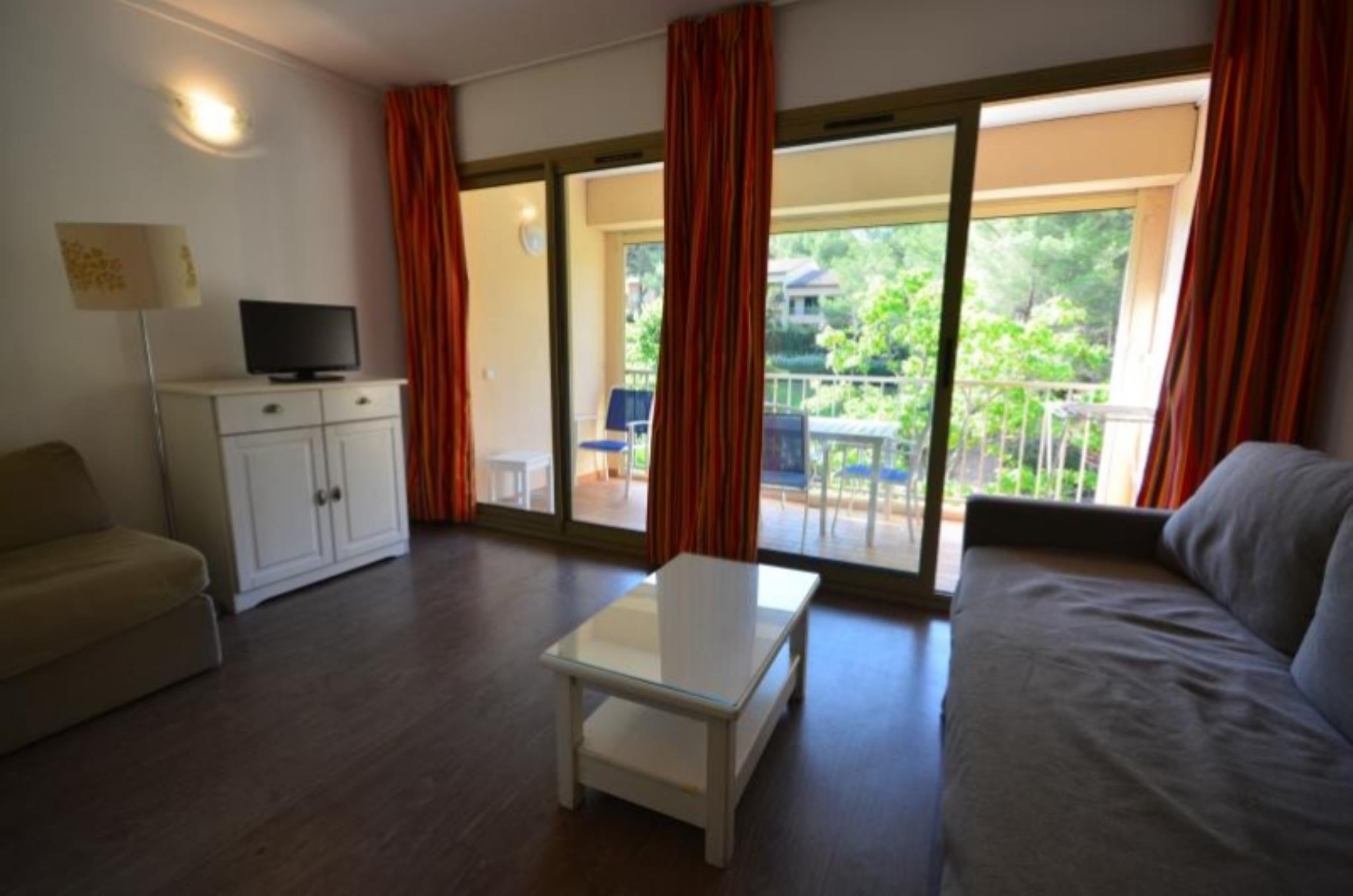 Appartement - SANARY SUR MER 83110